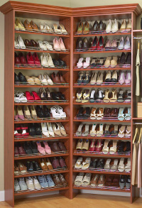 Custom Built Ins And Shelves