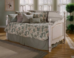 Hillsdale Furniture: Daybeds
