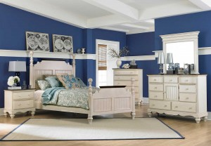 Hillsdale Pine Island Post Bedroom Set - Old White