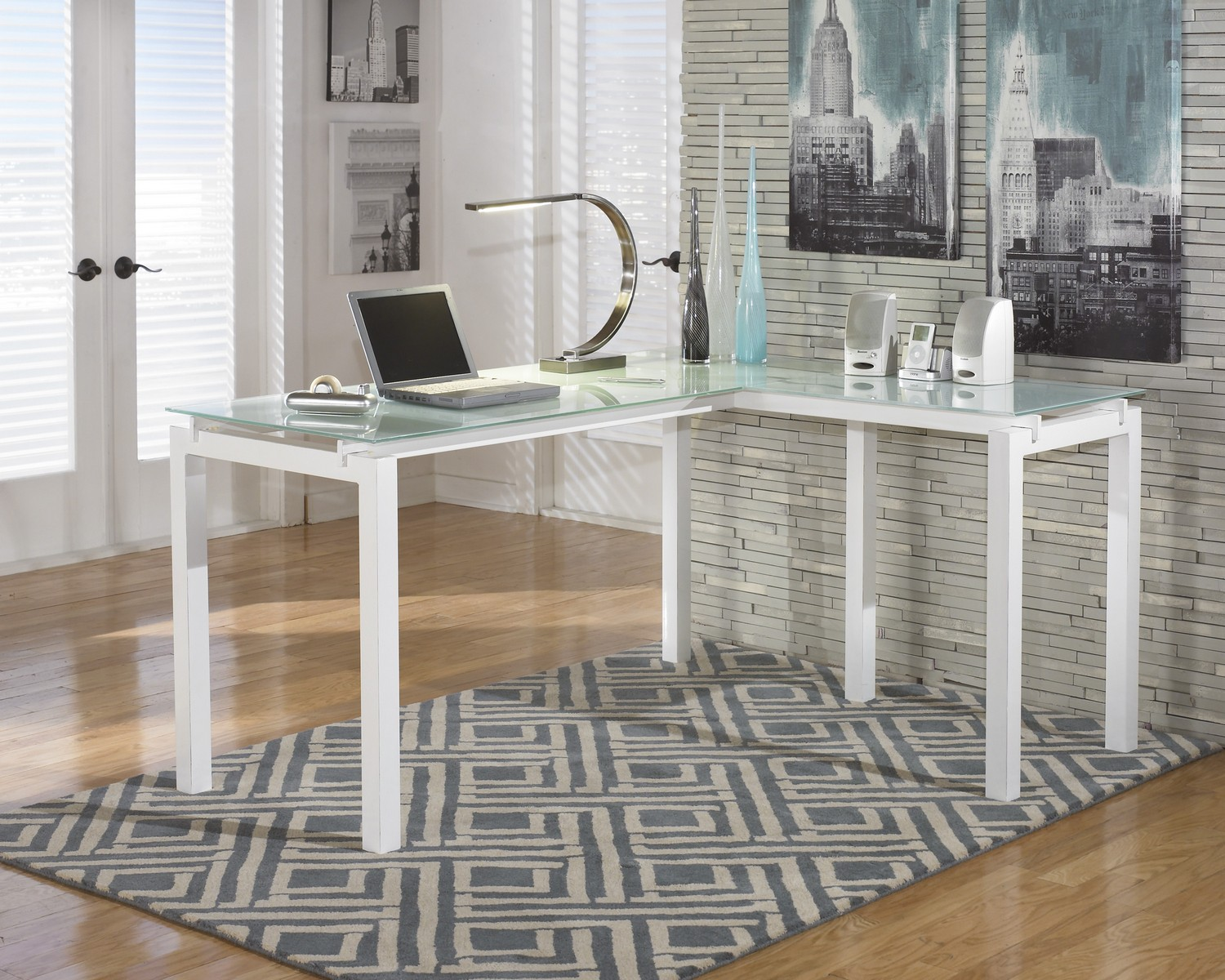 Ashley Furniture: Baraga Home Office Set